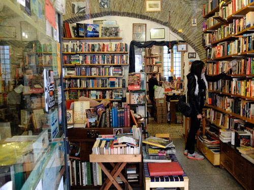 The Open Door Bookshop, Rome, Italy. This second hand bookstore sells books in English, Italian, French and Spanish.