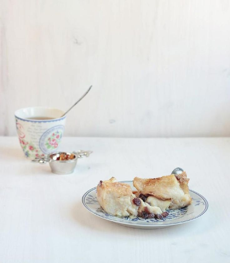 bread and butter pudding con zucchero di canna e uvetta