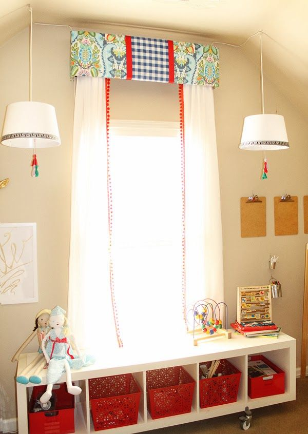 Charming In Charlotte: Upholstered Cornice DIY