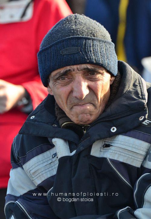 """""""Eram asa de trist si sufeream. Eu cred ca sufeream de prea mult suflet.""""  people, stories & photos - www.humansofploiesti.ro"""