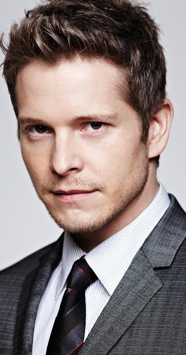 Matt Czuchry, Actor: The Good Wife. Matt Czuchry was born on May 20, 1977 in Manchester, New Hampshire, USA as Matthew Charles Czuchry. He is an actor, known for The Good Wife (2009), Gilmore Girls (2000) and Eight Legged Freaks (2002).