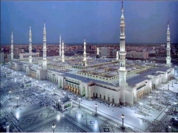 Masjid Nabawi in Madina, Saudi Arabia where Prophet Muahammad (PBUH) had migrated to during his revelations from Allah (SWT)