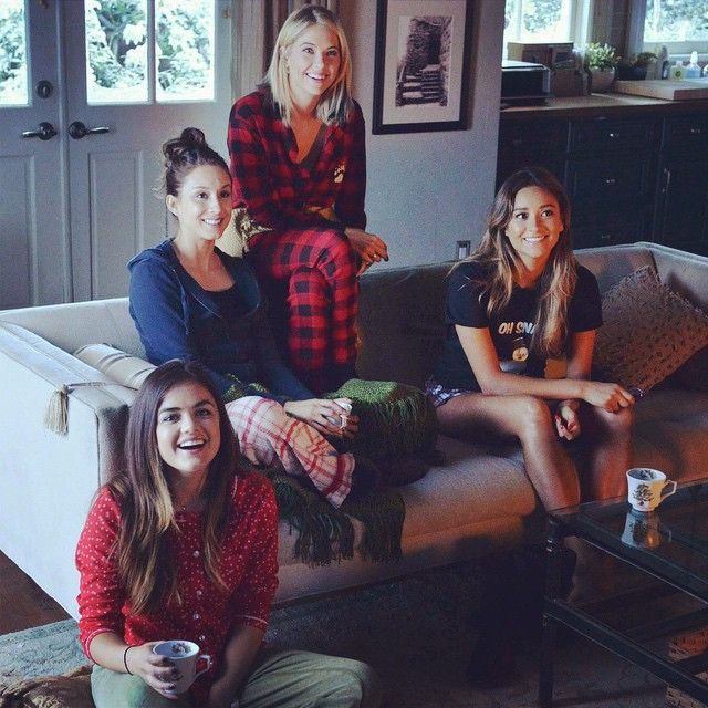 Pretty little liars Christmas episode 2014