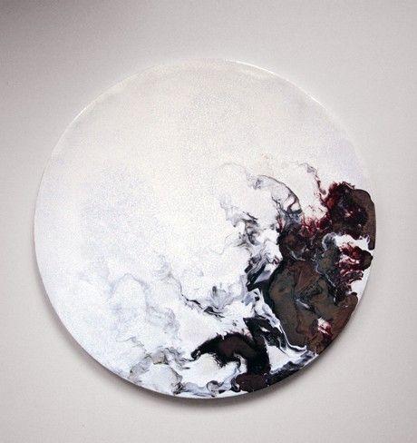 LLAMAS' VALLEY Ceramic tables by Elisa Strozyk