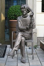 Andy Warhol - Statue of Andy Warhol in Slovakia