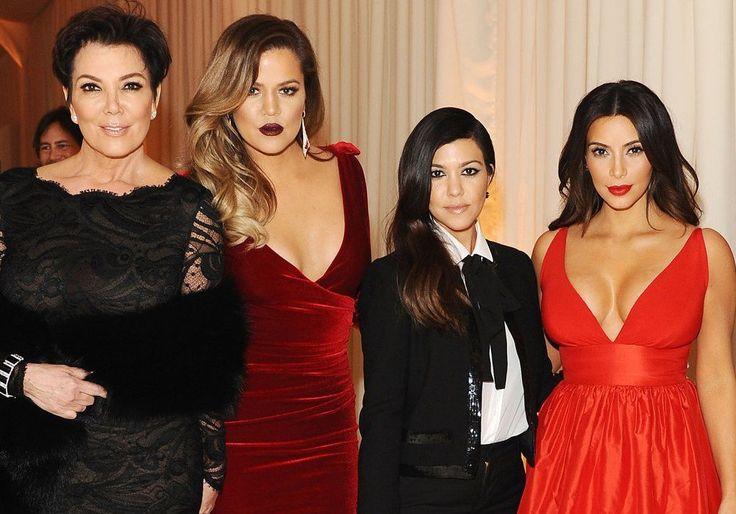 Megyn Kelly Lands Kardashian Family Interview For NBC Sunday Night Debut - Did Ellen DeGeneres Beat Her For The Juicy Part? #celebritynews #Kuwk, #MegynKelly, #TheKardashians celebrityinsider.org #TVShows #celebrityinsider #celebrities #celebrity #rumors #gossip