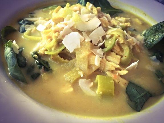 Kylling og karry suppe med fantastisk smag! | Anna Warrington