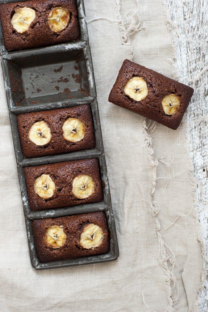 ... chocolate and banana friands ...
