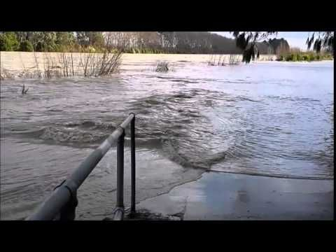 Manawatu River in Flood - Palmerston North 21 June 2015