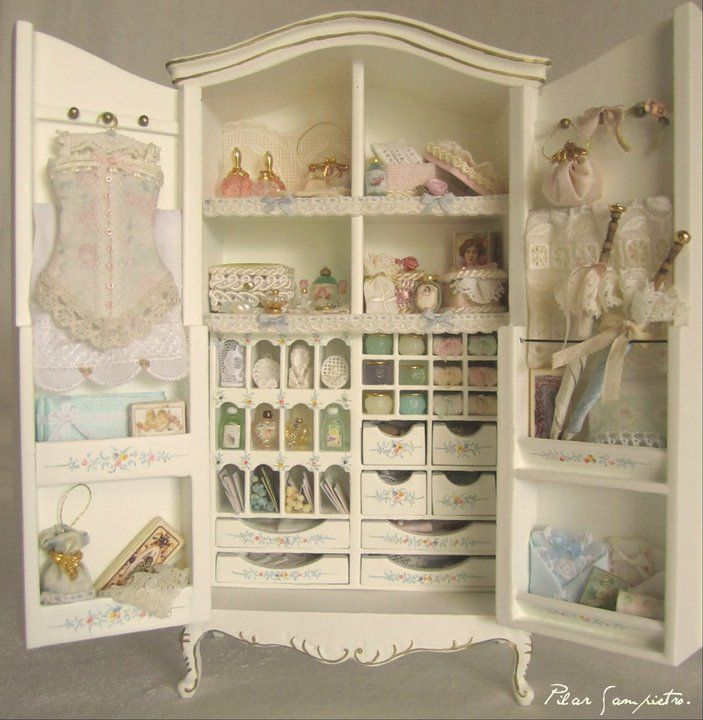 94 best images about dollhouse miniatures shabby chic on for Maison chic shabby chic