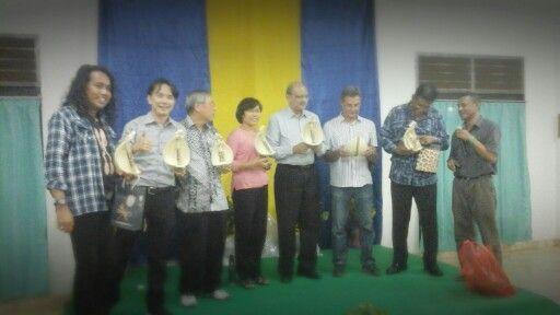 Tiem SIGNIS Asia #Sasando, tanda mata NTT. #komunikasi #Signis #Seminari #Tirilolok