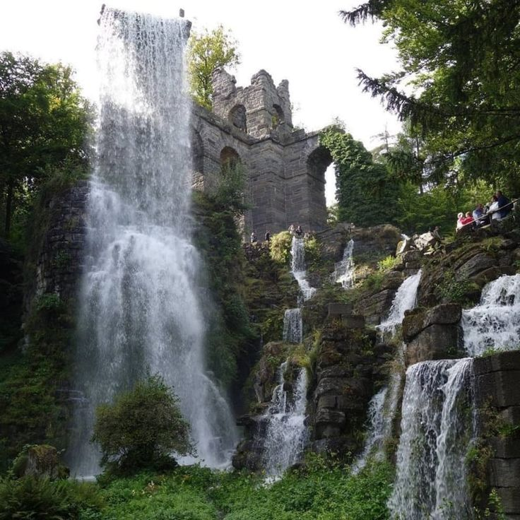 Die Wasserspiele vom Bergpark Kassel Wilhemshöhe.
