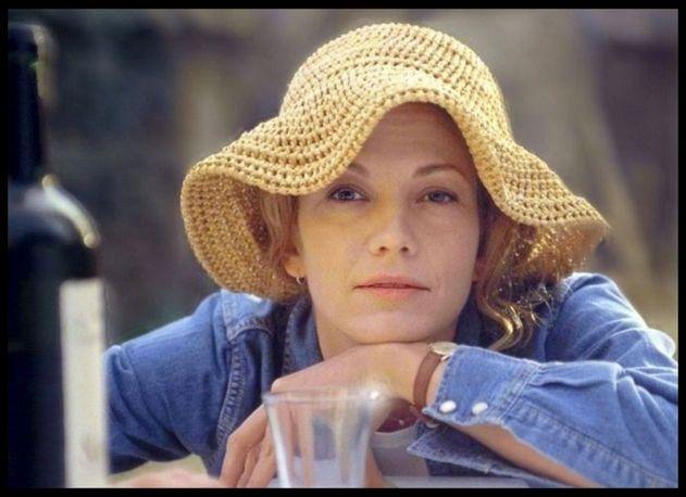 Diane lane in Sotto il sole della Toscana con un cappello Grevi