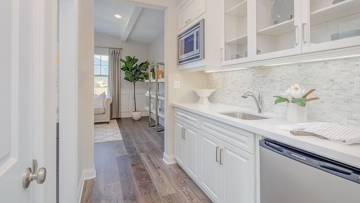 Zillow has 899 homes for sale in San Bernardino CA. View listing photos, review sales history, and use our detailed real estate filters to find the perfect place.