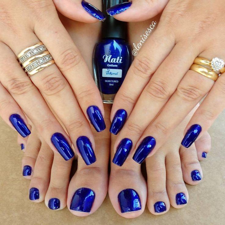 """8,073 curtidas, 218 comentários - Instablog de feminices! (@lenisesca) no Instagram: """"Esmalte: """"Olho Turco"""" da @naticosmetica  Sem palavras para descrever esse azul! """""""