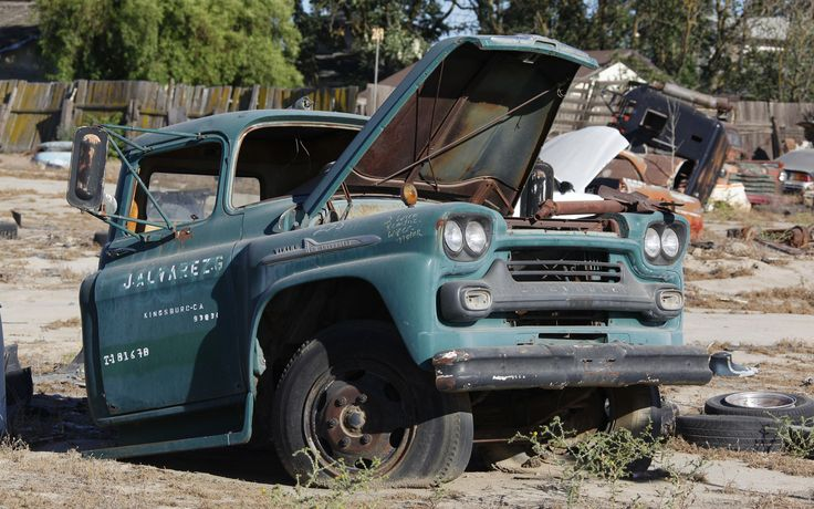 134 best images about Junk Yards and Rusty Stuff on ...