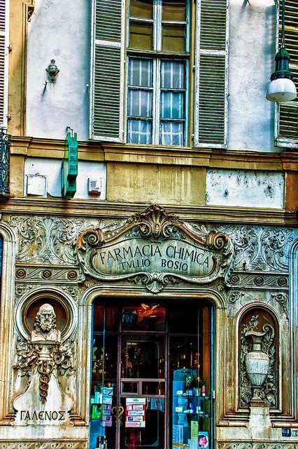 Via Garibaldi, #Torino #Piemonte, #Italy - Charming shopfront