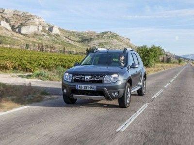 Zdjęcia Dacia Duster Facelifting (2014) - widok z przodu • Galerie