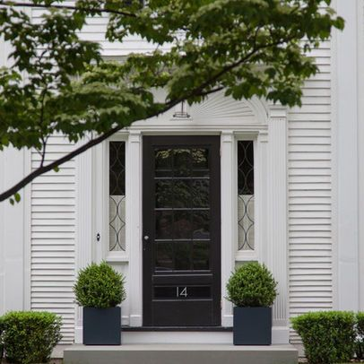 Potted plants by front door plants and gardening for Potted plants by front door