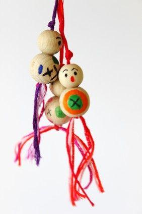 Houten gelukspoppetjes ~ www.knutselboom.nl
