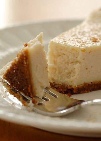 Vegan Eggnog Cheesecake. This would be amazing made with Earth Balance Soy Nog!