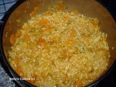 Ένα φαγάκι ταπεινό, νηστήσιμο και πολύ νόστιμο!   Υλικά για 4-5 μερίδες:  Μισό μέτριο λάχανο 1 μέτριο κρεμμύδι 2 καρότα 3-4 κουταλιές πελτές...
