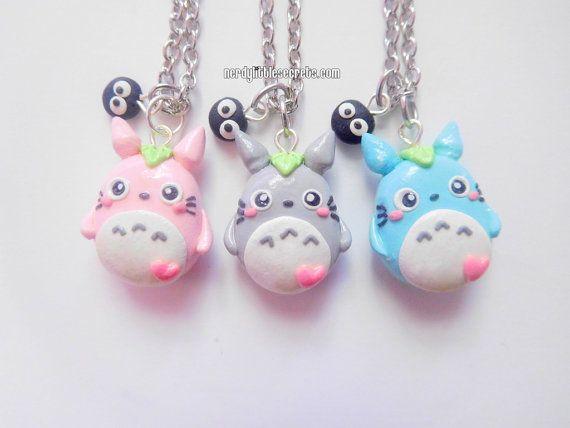 ☆*: .。. o (≧▽≦) o. 。.: * Nerdy Little Secrets ☆ ☆ *:. 。. o (≧▽≦) o. 。.: * ☆ ce petit Totoro sélève à environ 1 pouce de hauteur. Tous ses