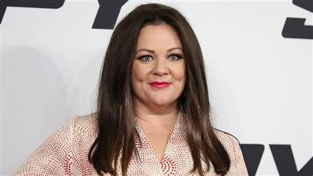 Melissa McCarthy suits up in 'Ghostbusters' uniform — see the first photo