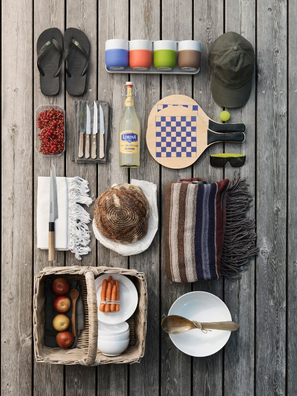 Use the colourful Fluted Contrast on you picnic.