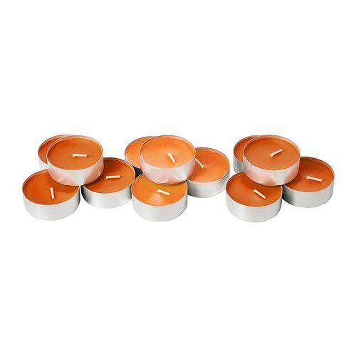 SINNLIG Candela profumata/base di metallo IKEA Il profumo di mandarino e la calda luce della candela creano atmosfera.