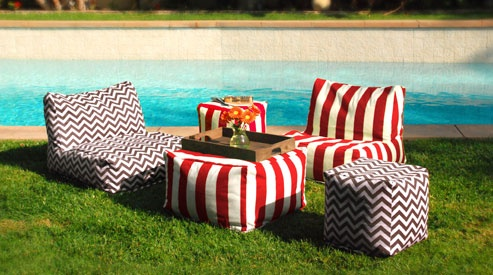 Fun and cheerful beanbag chairs and ottomans: Indoor Outdoor Furniture, Beans Bags Outside, Colors Poufs, Outdoor Lounger, Gardens Patio, Beans Bags Chairs For Outside, Bags Furniture, Beanbag Chairs, Outdoor Beanbag