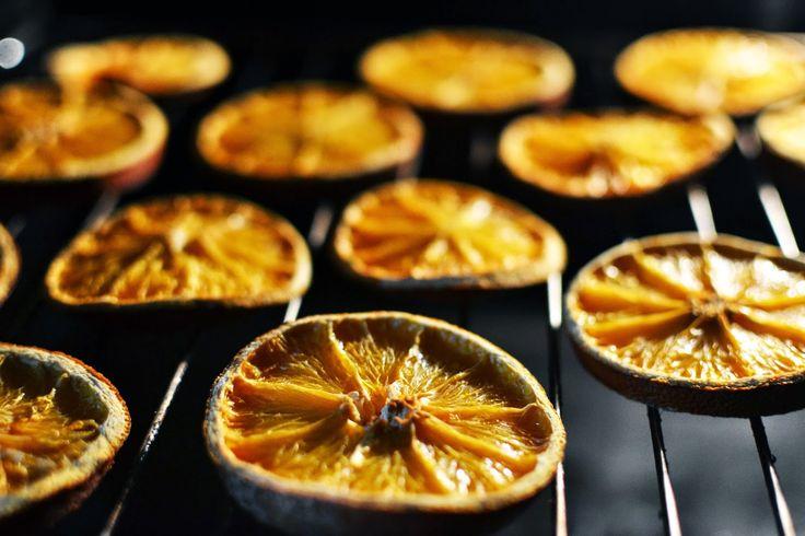 Julekind-Tutorial: Wie man Orangenscheiben trocknet.