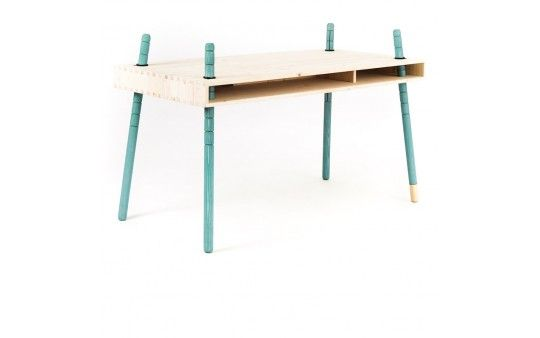 """Schreibtisch - höhenverstellbar und die Beine gibt's in verschiedenen Farben. Überhaupt scheint es schöne Sachen zu geben bei """"perludi"""" ;-)"""