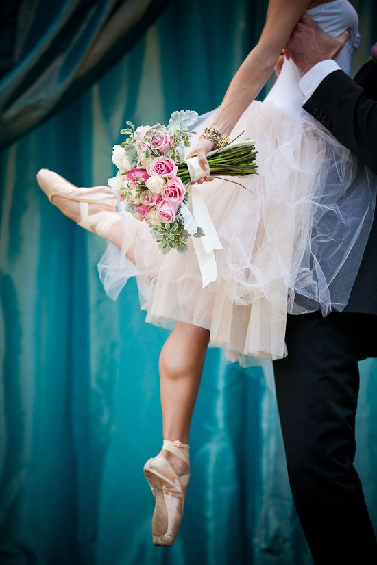 Oak Grove Vintage Inspired Ballerina Bride. Love this shot, though I'm not sure if it belongs in the wedding board or the dance board...