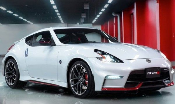 2015 Nissan 370Z Nismo Front View 600x357 2015 Nissan 370Z Nismo Review, Specs and Performance