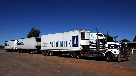Australia - Roadtrain triple