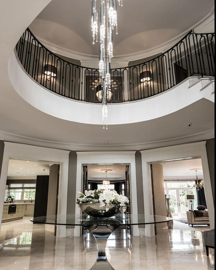 Resurrection Joe Brennan Creates An Inspired Home In A: Best 25+ Marble Foyer Ideas On Pinterest