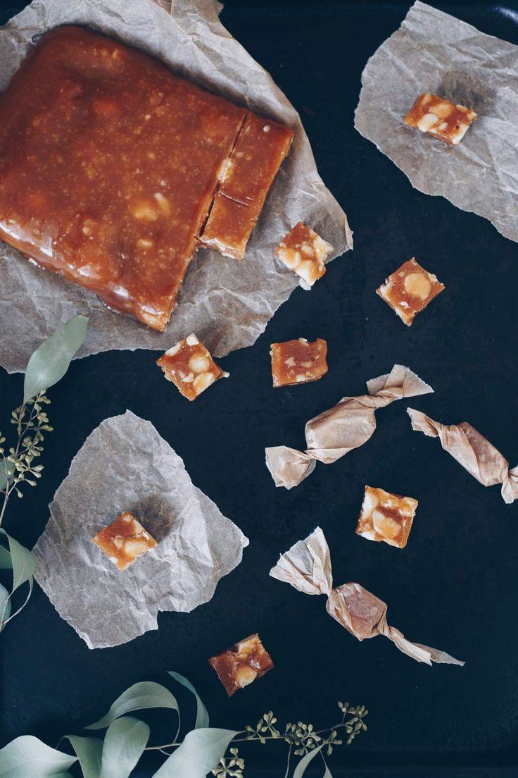 Honigtoffees mit gesalzenen Macadamias – Geschenke aus der Küche