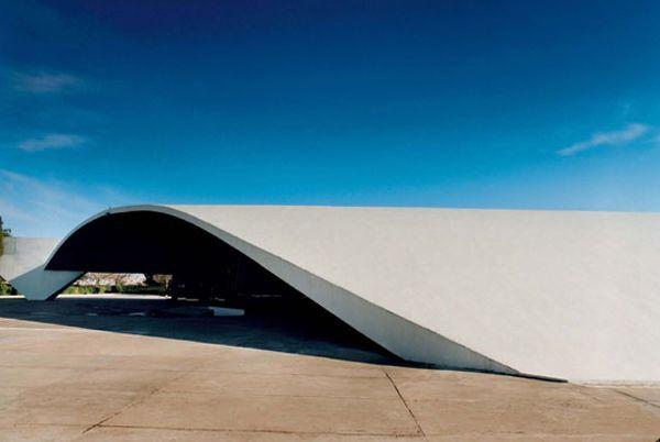 Oscar Niemeyer by Assouline  #architecture #oscarniemeyer Pinned by www.modlar.com
