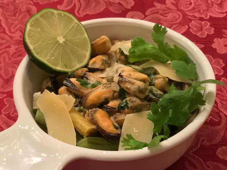 Green Curried Mussels