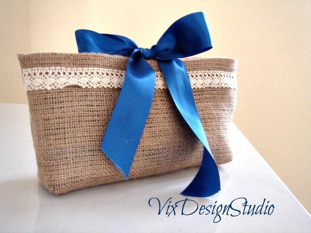 Burlap clutch / beach bag organizer / rustic shabby bridesmaid gift idea / mother of the bride gifts / romantic elegant clutch
