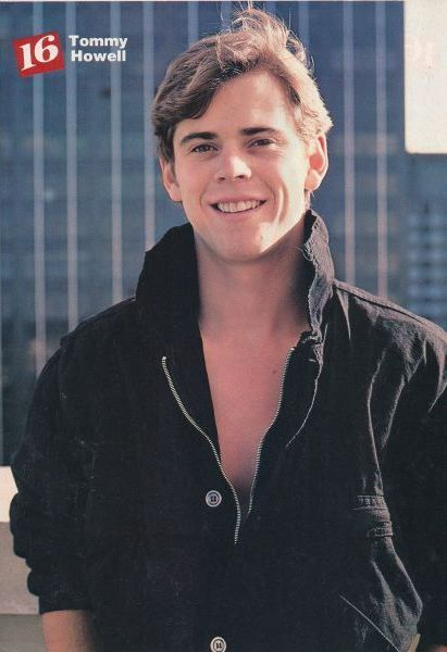 C. Thomas Howell | THOMAS TOMMY HOWELL pinup - THE RETURN OF THE MUSKETEERS - ZTAMS