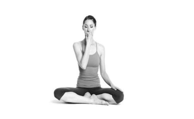 BodyBuilding eStore - http://www.bodybuildingestore.com/6-breathing-exercises-for-weight-loss/