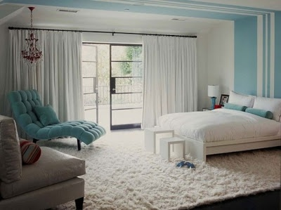 Mavi yatak odası