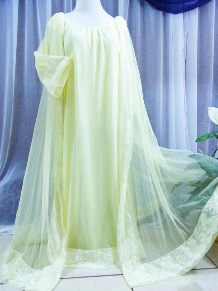 Pin On Sold Ebay Vintage Nightgowns And Chiffon Peignoirs