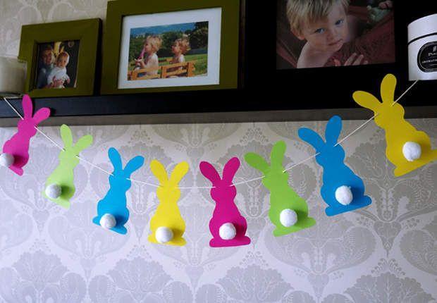 Une guirlande de lapins colorés pour PâquesRéalisez cette guirlande de lapins en papier pour Pâques. Les enfants vont adorer !