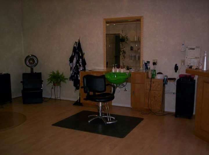 Maximize Your Space With A Hair Styling Salon Wet Station. They Arenu0027t A