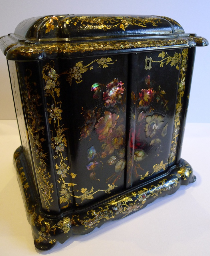 377 best images about victorian painted flowers on for Paper mache furniture ideas