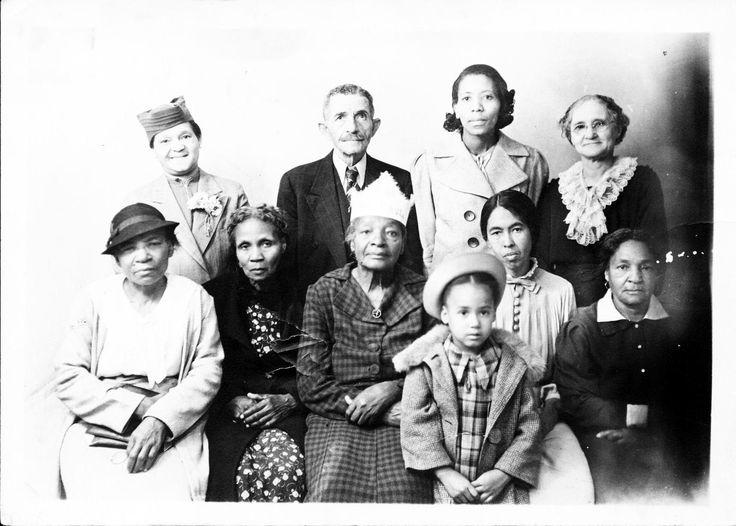 St. Paul Methodist Episcopal Church - Hattiesburg, MS.  Maternal Grandmother, Julia Bennett Dawkins (1889-1945)  (2nd row, 2nd from right)