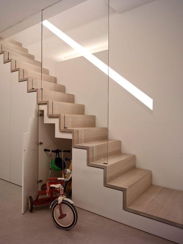 Escalier design intérieur de style minimaliste – inspirations de modèles tendance en images